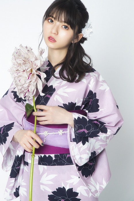 乃木坂46齋藤飛鳥・与田祐希・佐藤楓が艶やかな浴衣姿を披露。美